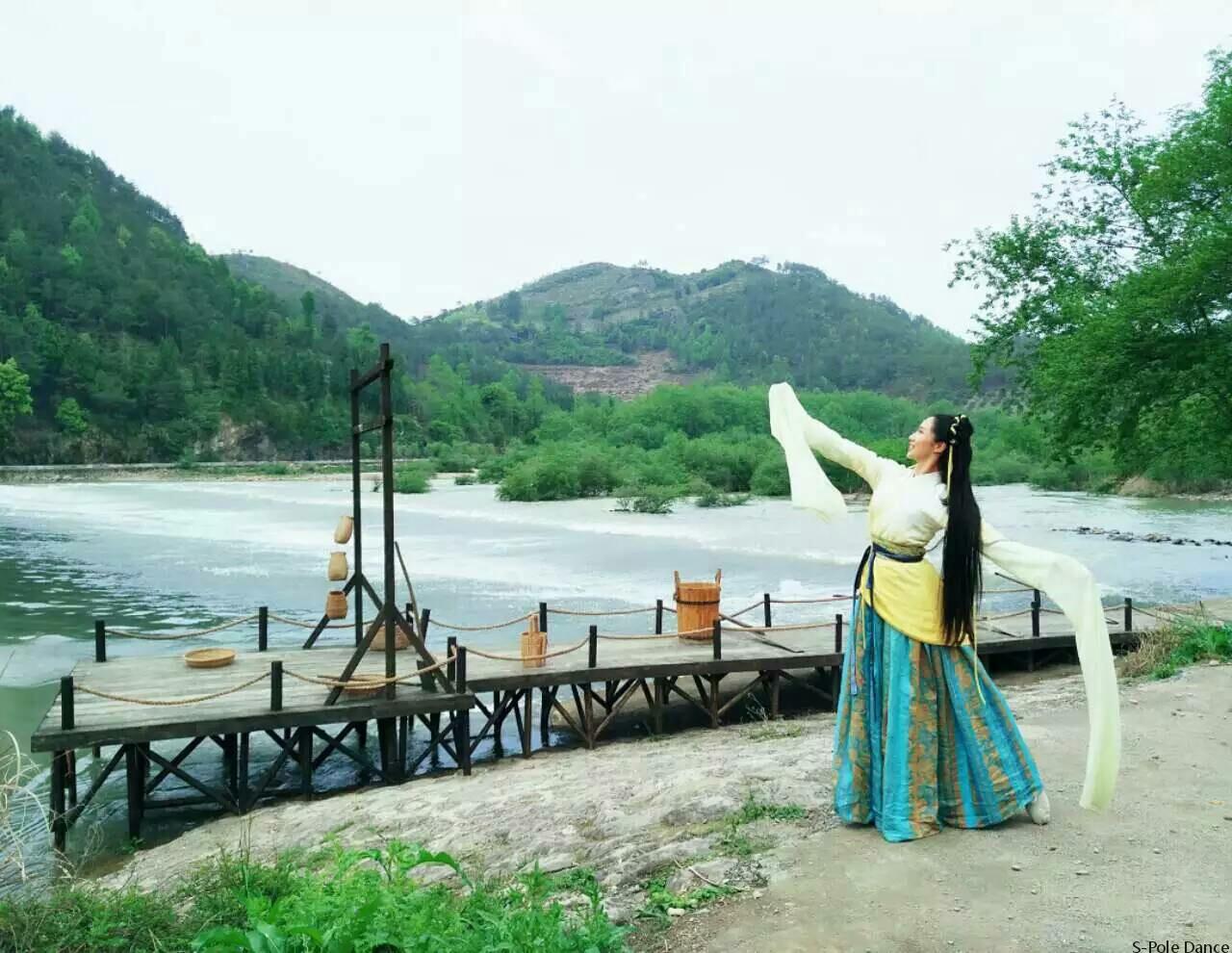 《终于等到你》 钢管舞版 上海学习钢管舞